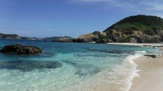 阿波連ビーチ奥のハナレ島のビーチ